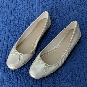 Ann Taylor Gold Metallic Leather Ballet Flats